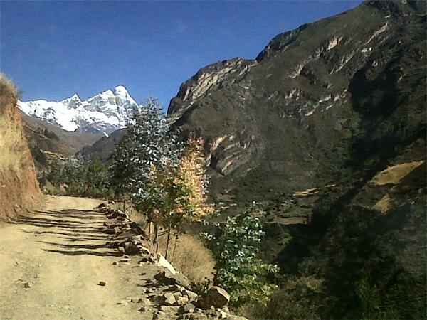 Trekking Olleros Chavin nevado Huantsan