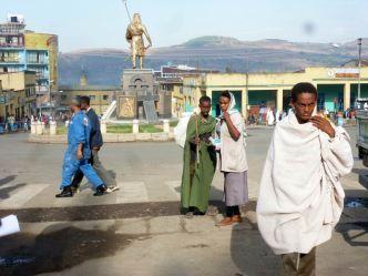 Gondar place 08 Statue