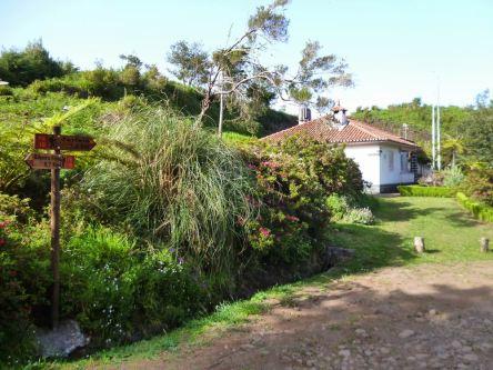 Resize of Levada do Furado (05) Maison forestiere Lamaceiros