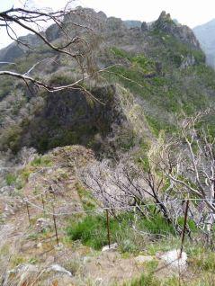 Resize of PR1-3 (23) Debut Descente Passe Pico Casado Vue sur Passe