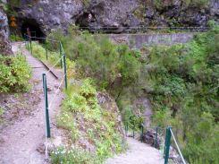 Resize of PR9 (07) Levada Calderao do Inferno Entree Tunnel Pico Ruivo