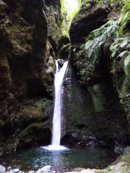 Resize of PR9 (08) Levada Calderao do Inferno cascade du chaudron