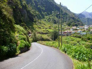 Resize of Route Ribeiro Frio (01) Caminho Municipal Achada do Pao Bastiao entree