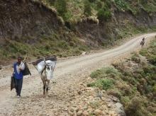 Simien 2 Kaba Fen 7 route mobilier camping a bobo