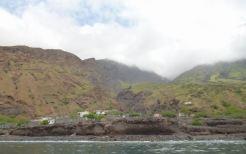 CaboVerde2013-B-00 Monte Trigo depuis l a mer
