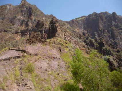 CaboVerde2013-D-20 Alto Mira II-Salto Preto Vue sur eperon des lacets