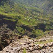 CaboVerde2013-D-22 Alto Mira II-Salto Preto Vue arriere sur la vallee