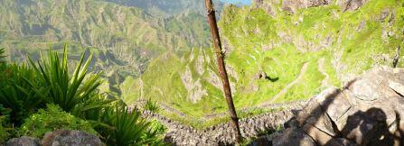 CaboVerde2013-K 29 Ribeira de Penede-Premiers Lacets paves