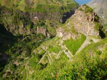 CaboVerde2013-K 48 Ribeira de Penede-Pavage et vue arrivee dans la vallee