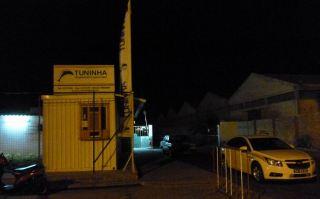 CaboVerde2013-N-08 Mindelo Gare maritime Tuninha Guichet