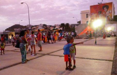 CaboVerde2013-X-23 Mindelo Feria dimanche musique