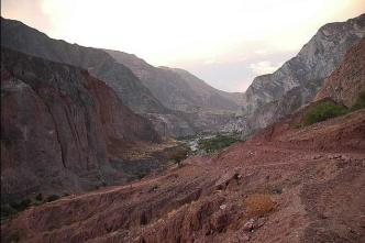 Peru-Canyon Cotahuasi oasis en couleurs