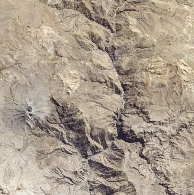 Ubinas_Volcano,_Peru
