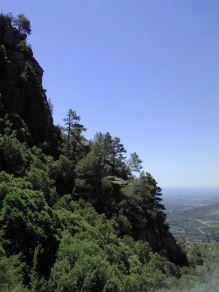 2014-07-12 Ruta dels Refugis (6)) Montée Mussara aplombs