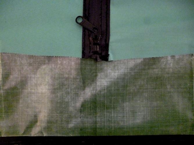 Bivi Sack Makake 4 dessus 4 detail zip exterieur