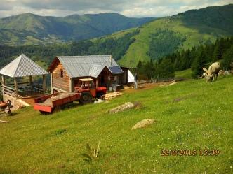 IMG_1051 katun treskavica GH en construction
